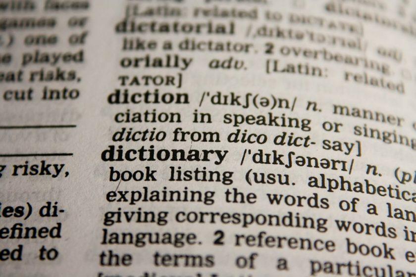 Kursy na odległość – najbardziej efektywny kosztowo styl nauki języków?